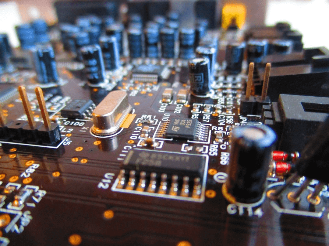 How can Pcb prototype manufacturer avoid errors in pcb development?
