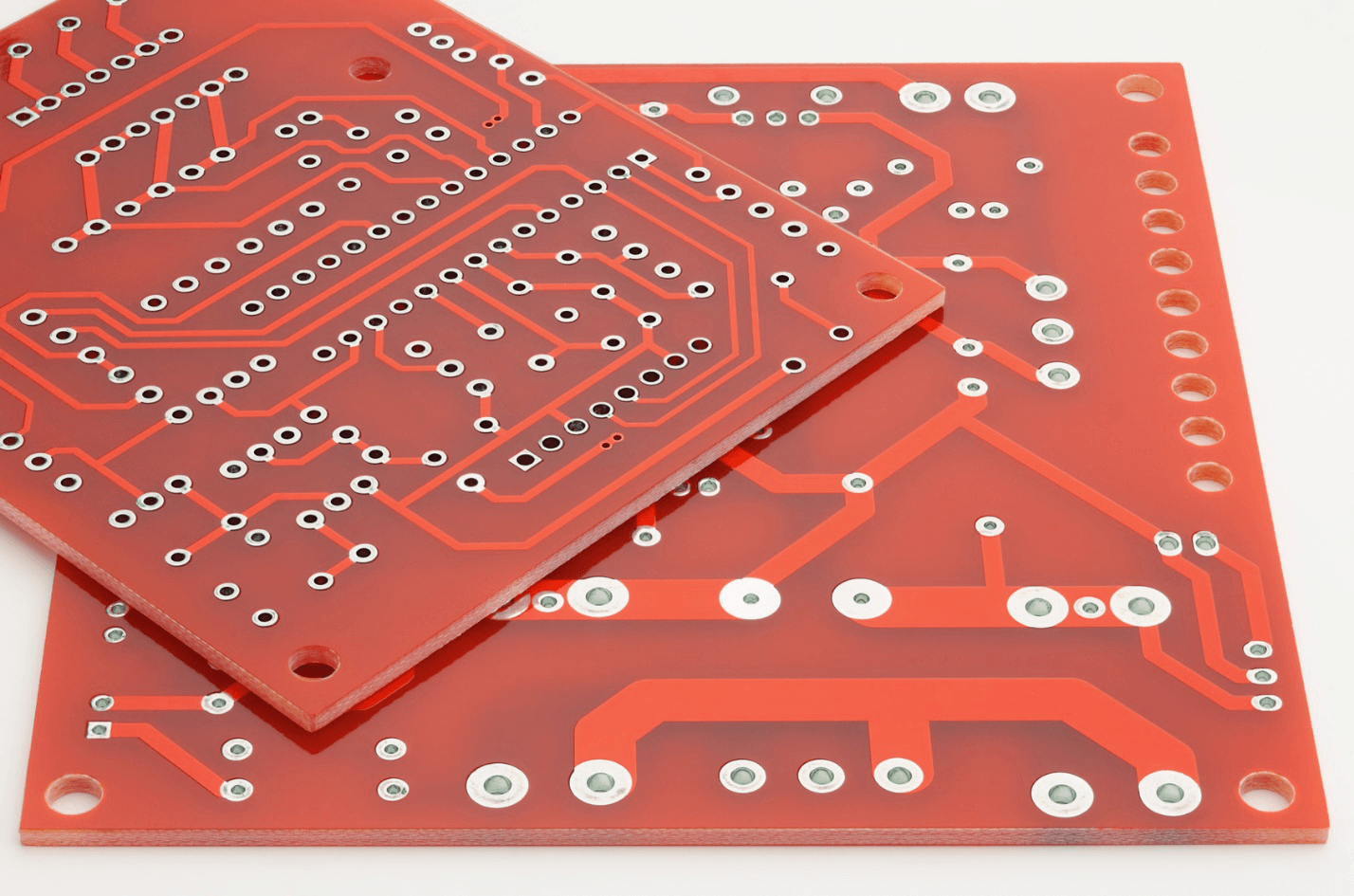 Double Sided PCB Manufacturer: Comparison between Single and Double PCB